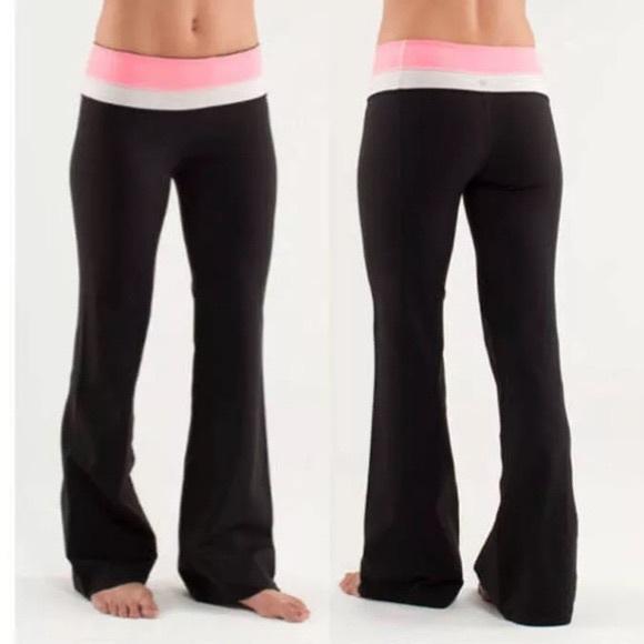 lululemon athletica Pants - Lululemon Groove Flare Pant - w/ thin pink stripe